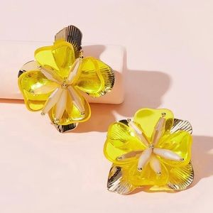 Yellow and gold flower design earrings